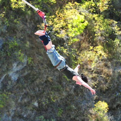 Bungee jump in Bhotekoshi